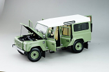 Land Rover Defender 110 Heritage Edition - 2015 - Green 1/18